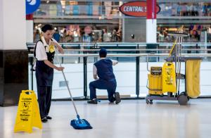 Terceirização de auxiliar de limpeza
